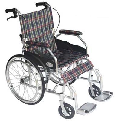 Xe lăn siêu nhẹ cho người nhỏ nhẹ và đi du lịch Lucass X63A